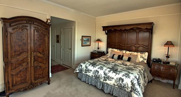 corcoran-bedroom-chestnut