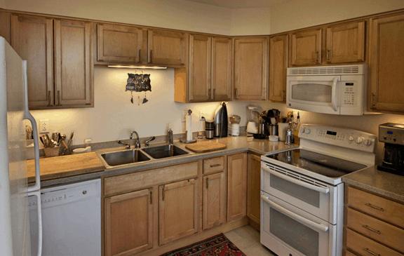 judson-manor-kitchen