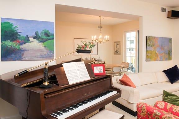 sfc-homestyles-piano-living-room